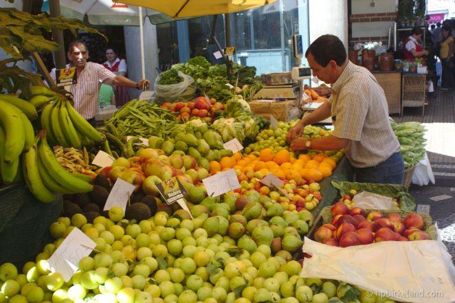Frukt på markedet i Funchal.
