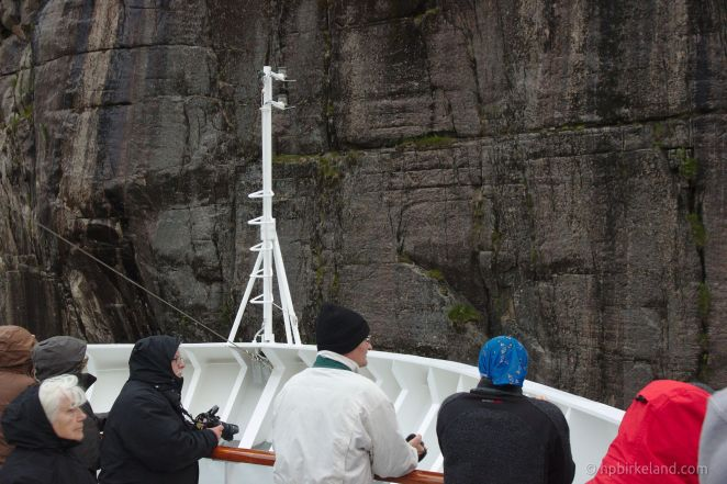 Trangt i Trollfjorden