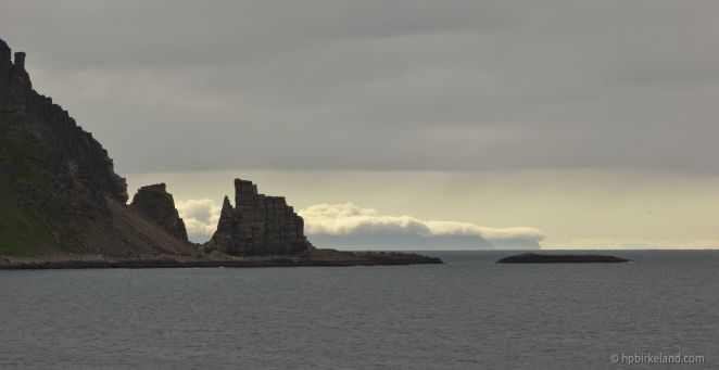 Finnkjerka foran, Nordkapp helt bakerst.