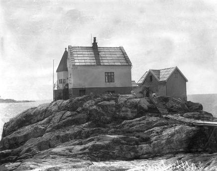 Svarthvitt restaurert. Foto: http://arkivverket.no/Digitalarkivet (public domain)